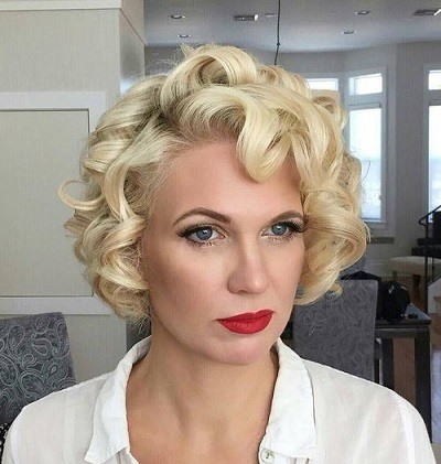 Short hair hot rollers.
